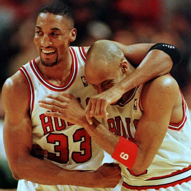 NBA Chicago Bulls #33 Scottie Pippen with #9 Ron Harper