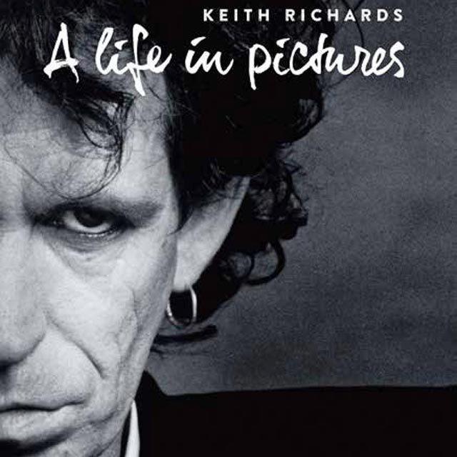キース・リチャーズ、半世紀にわたる写真集「A Life in Pictures」を誕生日12/18に発売