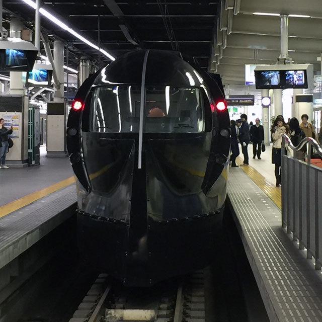 特急ラピート「スター・ウォーズ/フォースの覚醒」号、始動―。南海電鉄