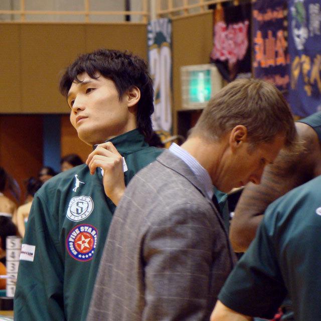 PRO BASKETBALL TEAM NISHINOMIYA STORKS 8 中務敏宏 ジョン・ディキャンディロ Jon Dicandilo