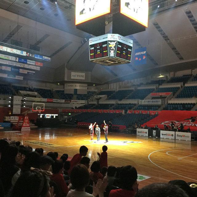 5月03日(水・祝)試合終了後に開催する「OSAKA EVESSA Thanks Festival」詳細が決定いたしました。当日はなんと、シャンプーハットのお二人が応援ゲストとして登場!選手、bt、まいどくんと一緒に楽しみましょう♪