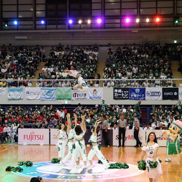 B.league Nishinomiya Storks Cheerleaders