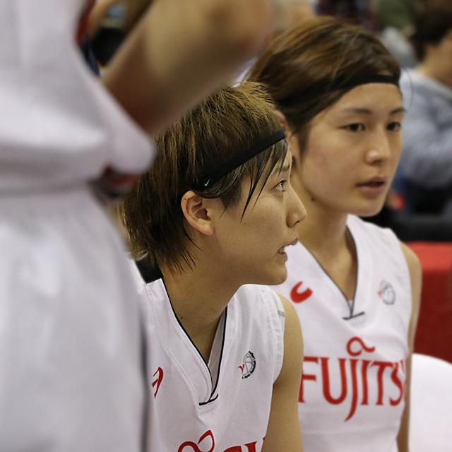 WJBL FUJITSU Red Wave #10 Rui Machida AKATSUKI FIVE photo by izy Rodriguez (Team Zion)