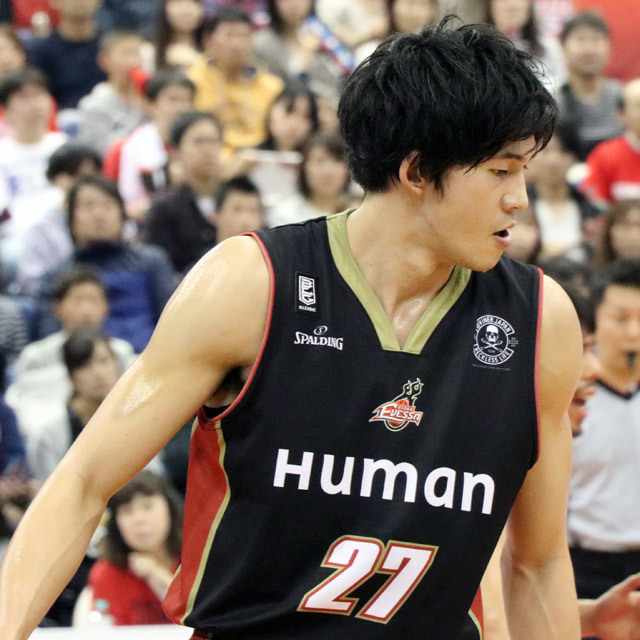 B.LEAGUE OSAKA EVESSA #27 NAOYA KUMAGAE photo by izy Rodriguez (Team Zion)