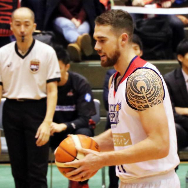 第93回天皇杯 全日本バスケットボール選手権大会 男子5回戦 大阪会場 堺市金岡公園体育館
