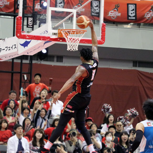 B.LEAGUE OSAKA EVESSA #8 XAVIER GIBSON photo by izy Rodriguez (Team Zion)